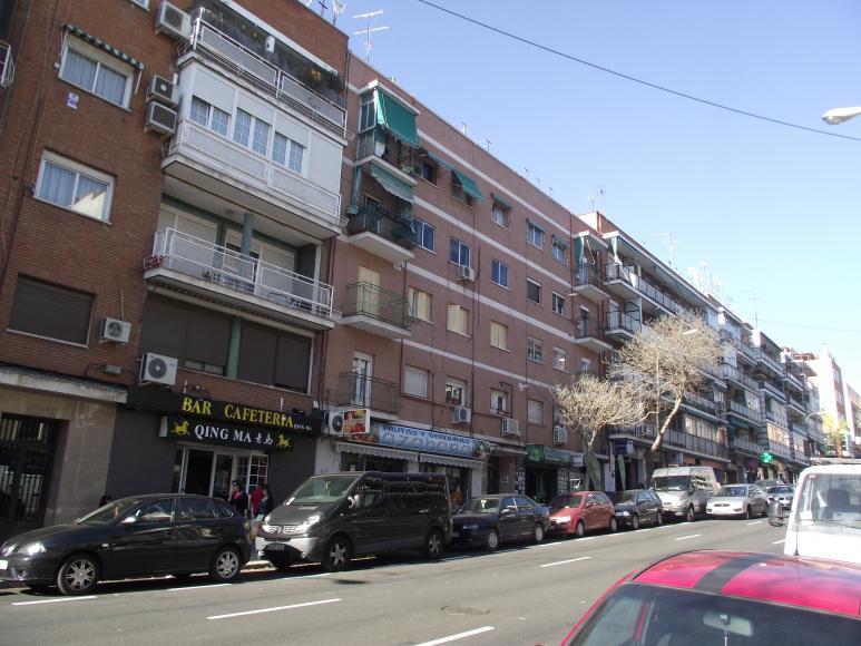 Piso de 2 dormitorios en pueblo nuevo for Pisos en pueblo nuevo