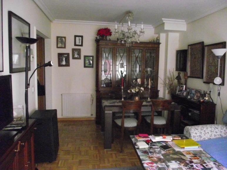 Bonito piso de 2 dormitorios para entrar a vivir - Piso en sanchinarro ...